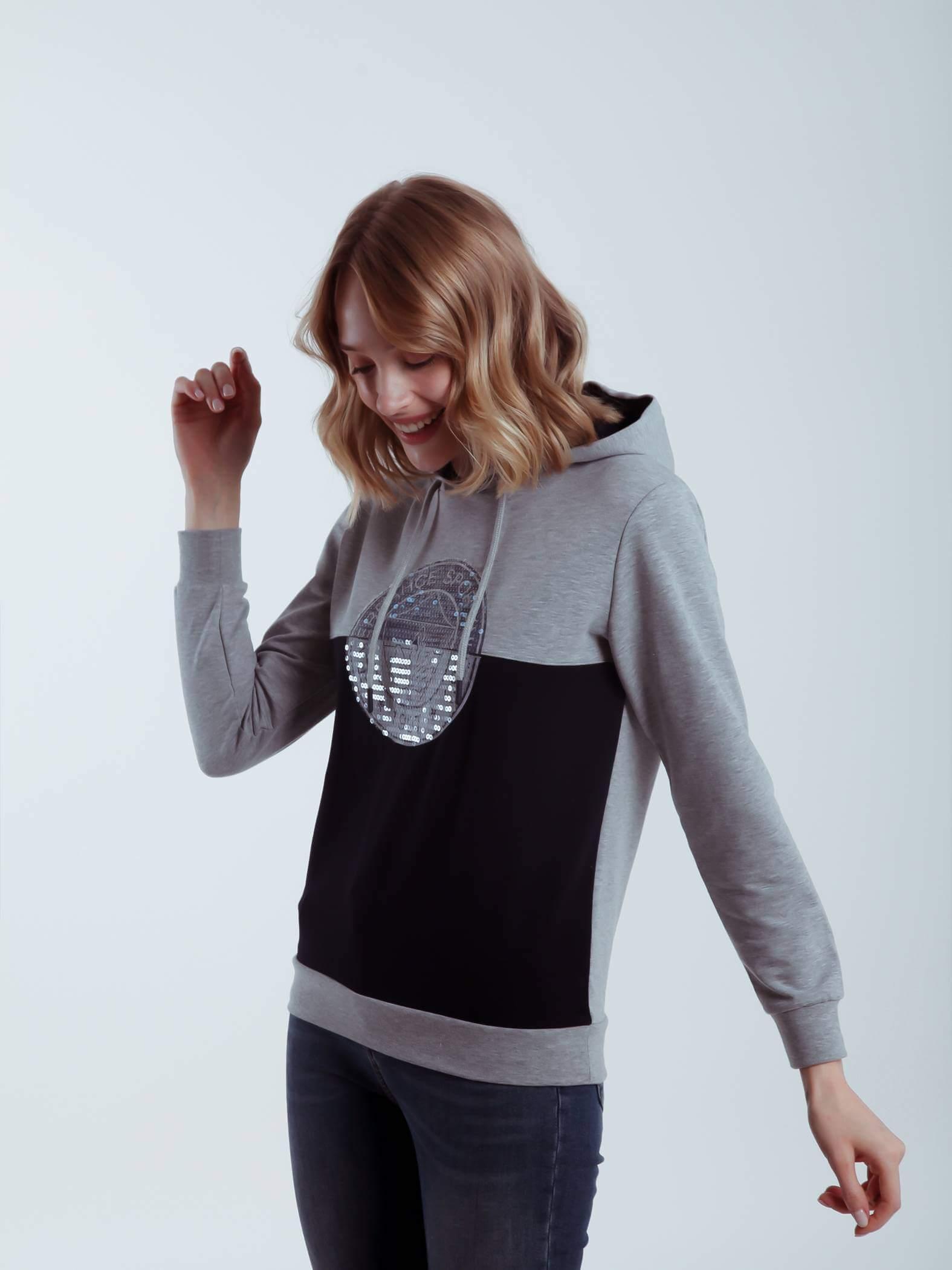 Kadın Lacivert Gri Tribün Pullu Logo Sweatshirt